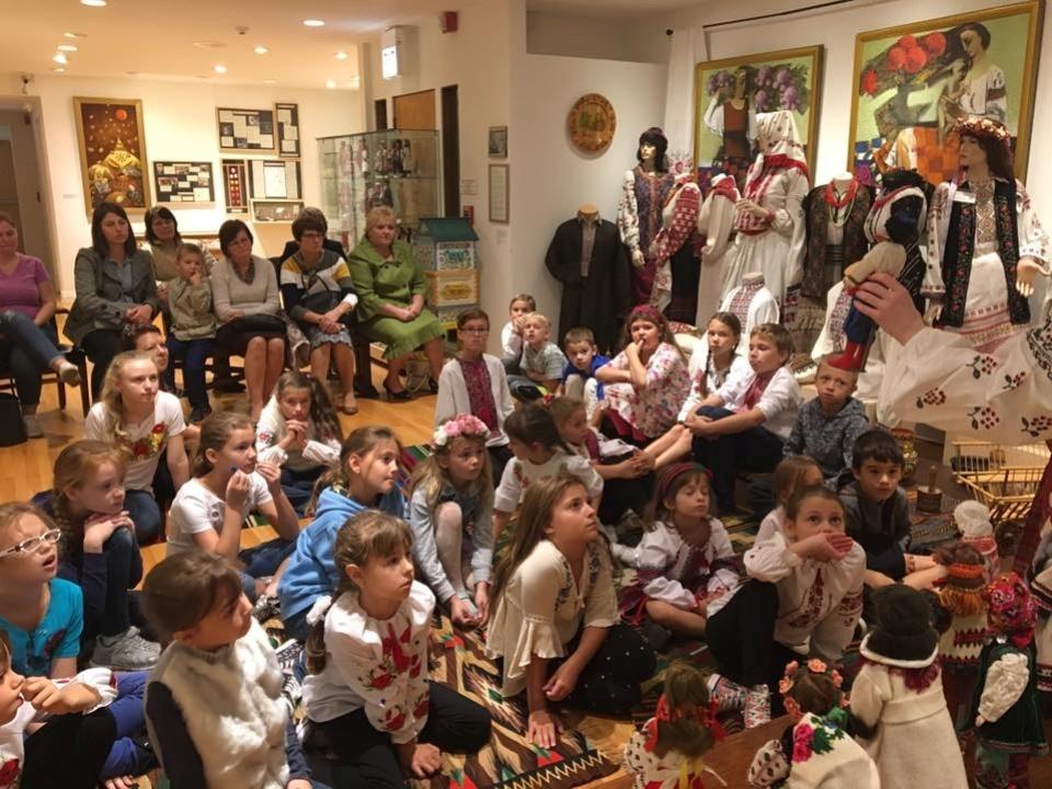 Музейна субота із учнями школи українознавства при парафії катедрального собору св Андрія у Блумінгдейл, Ілінойс