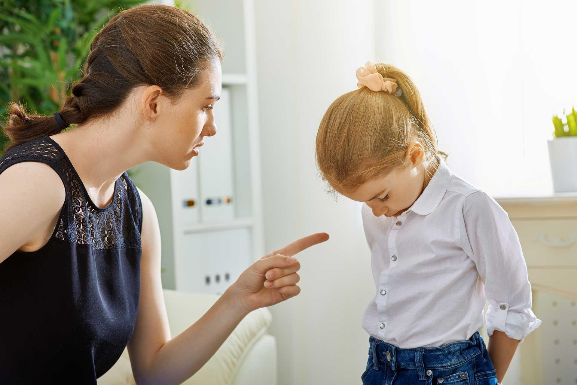 Лише 17 хвилин спілкування на день. Ви вважаєте, що вашу дитину виховає інтернет?