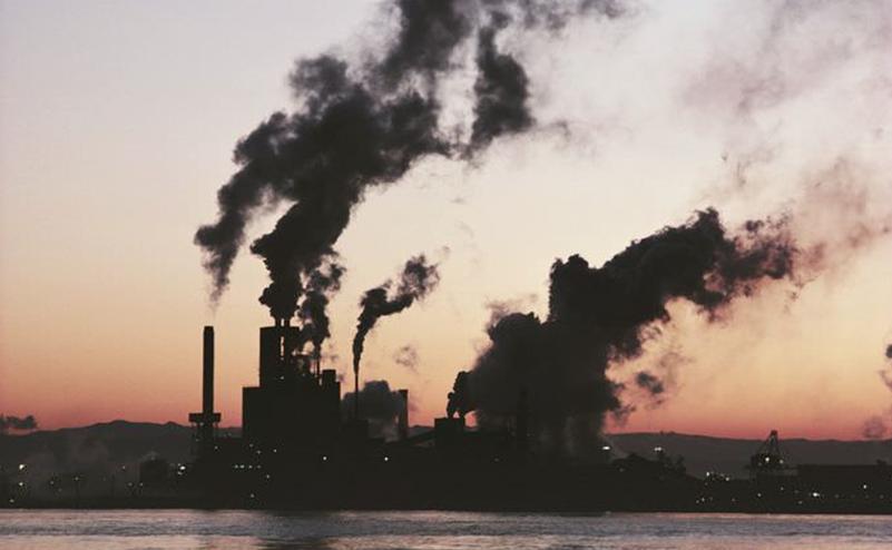 Вчені встановили вплив забруднення повітря на смертність від Covid -19