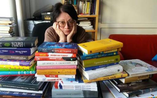 «Жіночі романи користуються незмінною популярністю» (фото: kadry.net.ua)