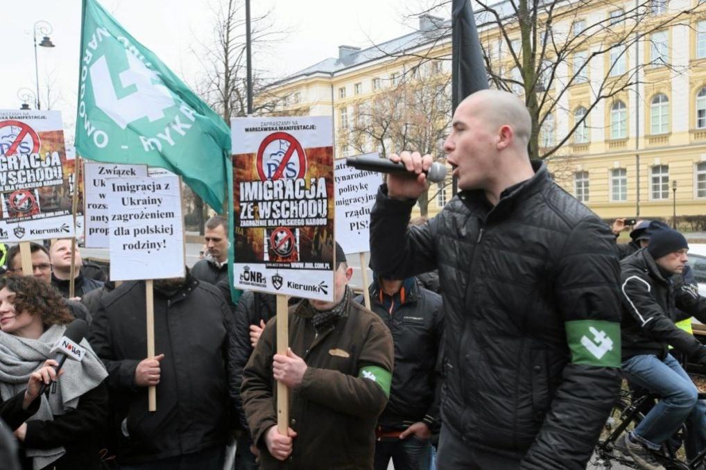 Маніфестація проти східної імміграції, у Варшаві. Джерело: Agencja Gazeta