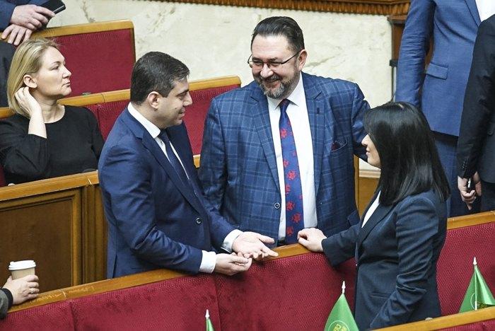 Потураєв: Ідеологія «Слуги народу» як була центристська та ліберальна, так і залишиться