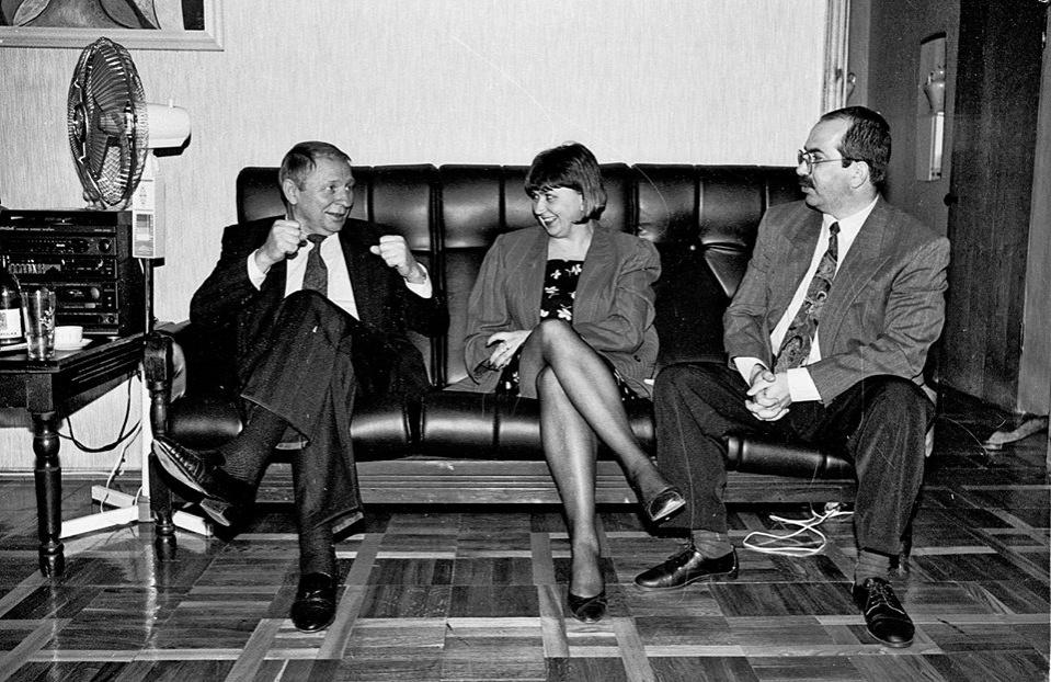 Відомі журналісти Лариса Івшина та Олександр Швець з президентом Леонідом Кучмой (фото: Валерій Мілосєрдов, facebook)