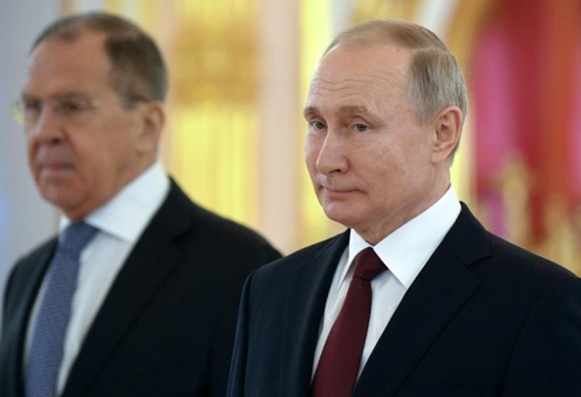 Ображений Путін відправив на Балкани Лаврова, але той доїхав лише до Греції…