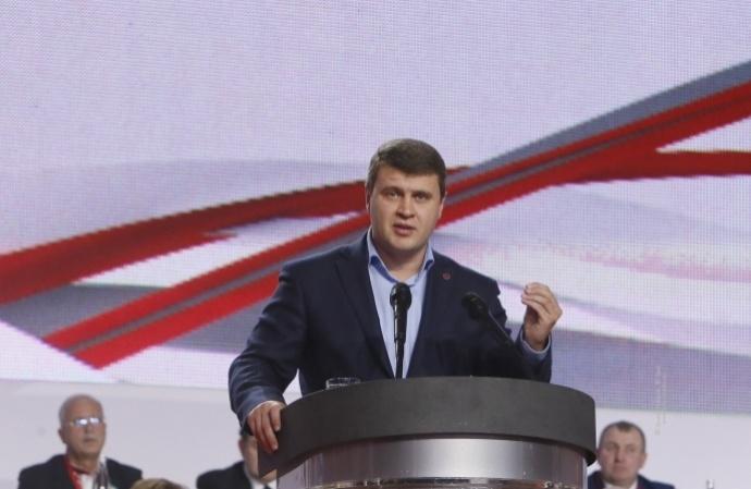 «Він завжди проти всього»: колеги з Аграрного комітету Ради скаржаться на Вадима Івченка