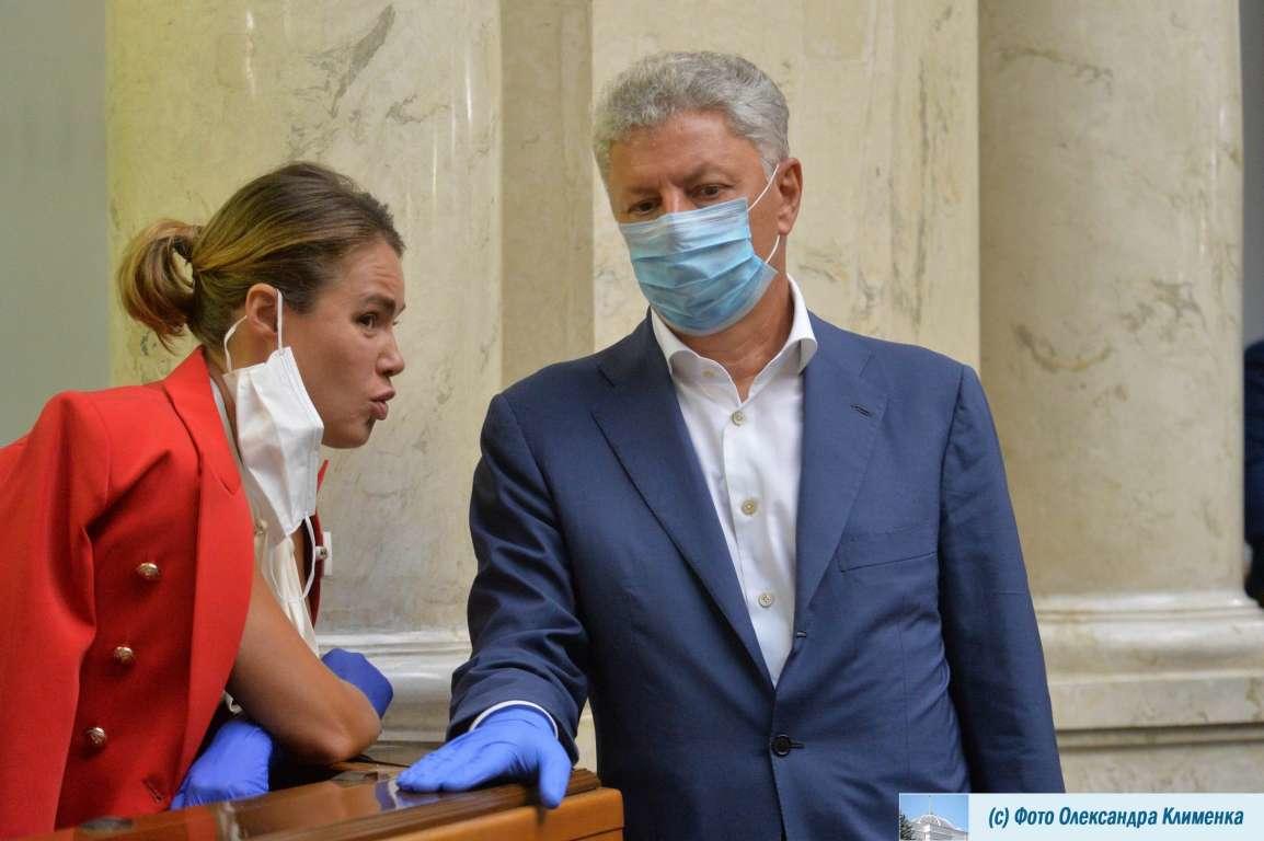 Народні депутати Наталія Королевська та Юрій Бойко