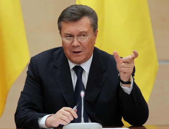 У 2014-му люстрація була такою великою страшилкою, що переляканий Віктор Янукович на своїй ростовській пресконференції заявив, що «майданівці» збирались люструвати… його онука, який, зрозуміло, ніяких державних посад не займав