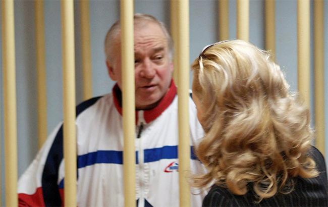Російський розвідник був засуджений на Батьківщині, а потім його видали Британії