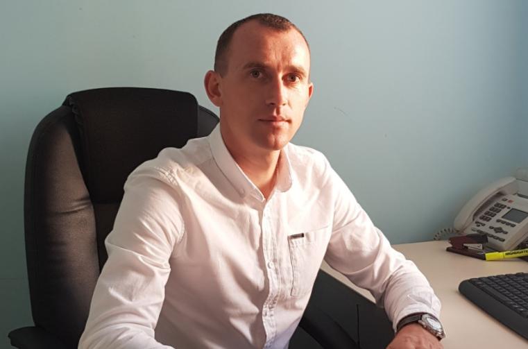 """Секретар Сумської міськради Олег Рєзнік (""""Слуга народу"""")"""