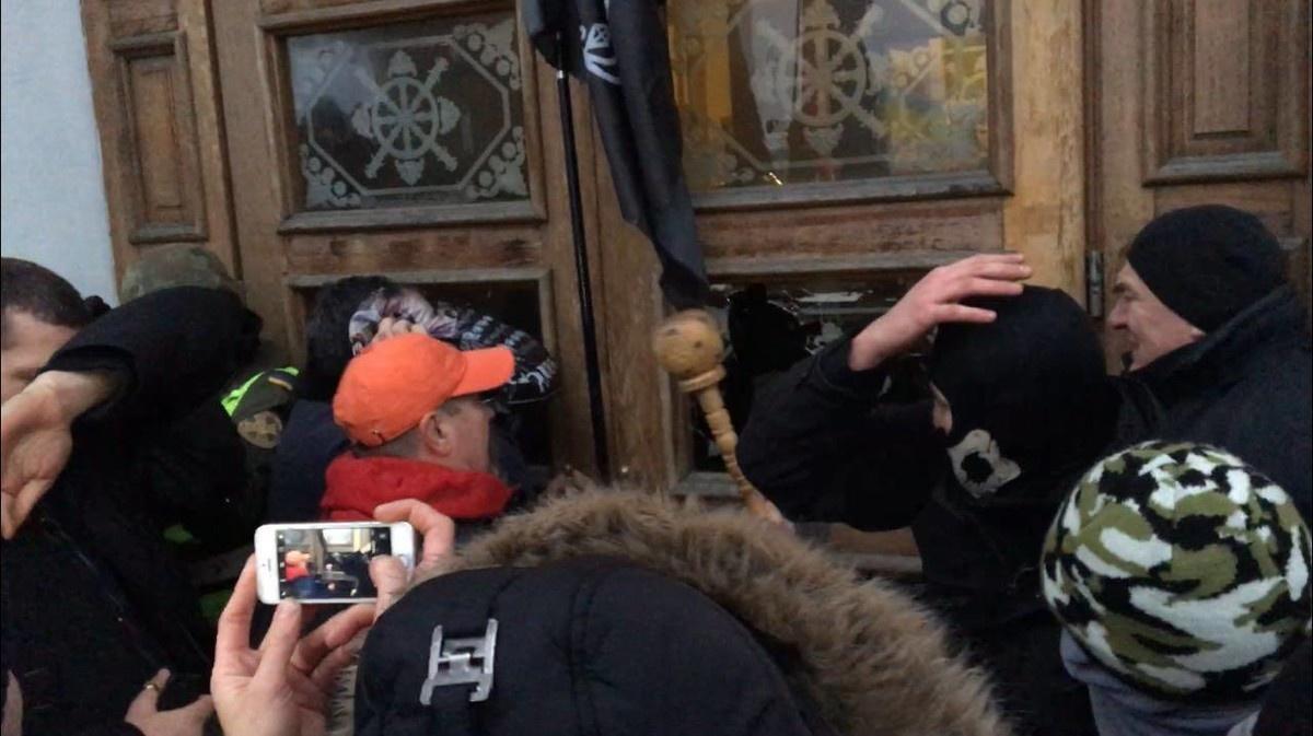 Спроба захоплення Жовтневого палацу у Києві. 17/12/2017 (Фото: Vyacheslav Abroskin)