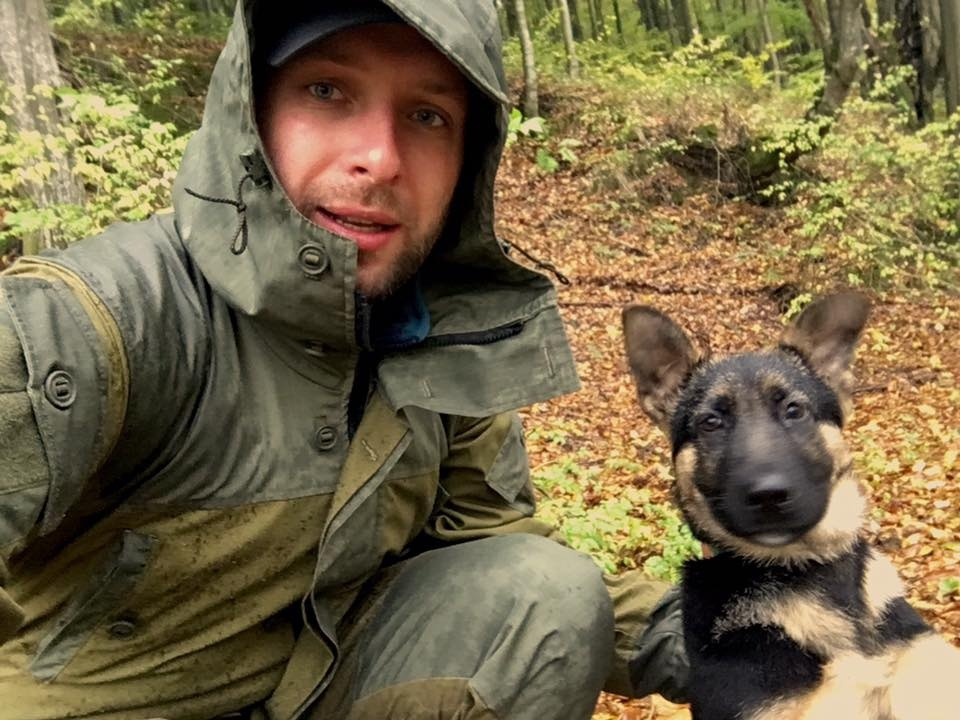 Володимир Парасюк з собакою (фото:facebook)