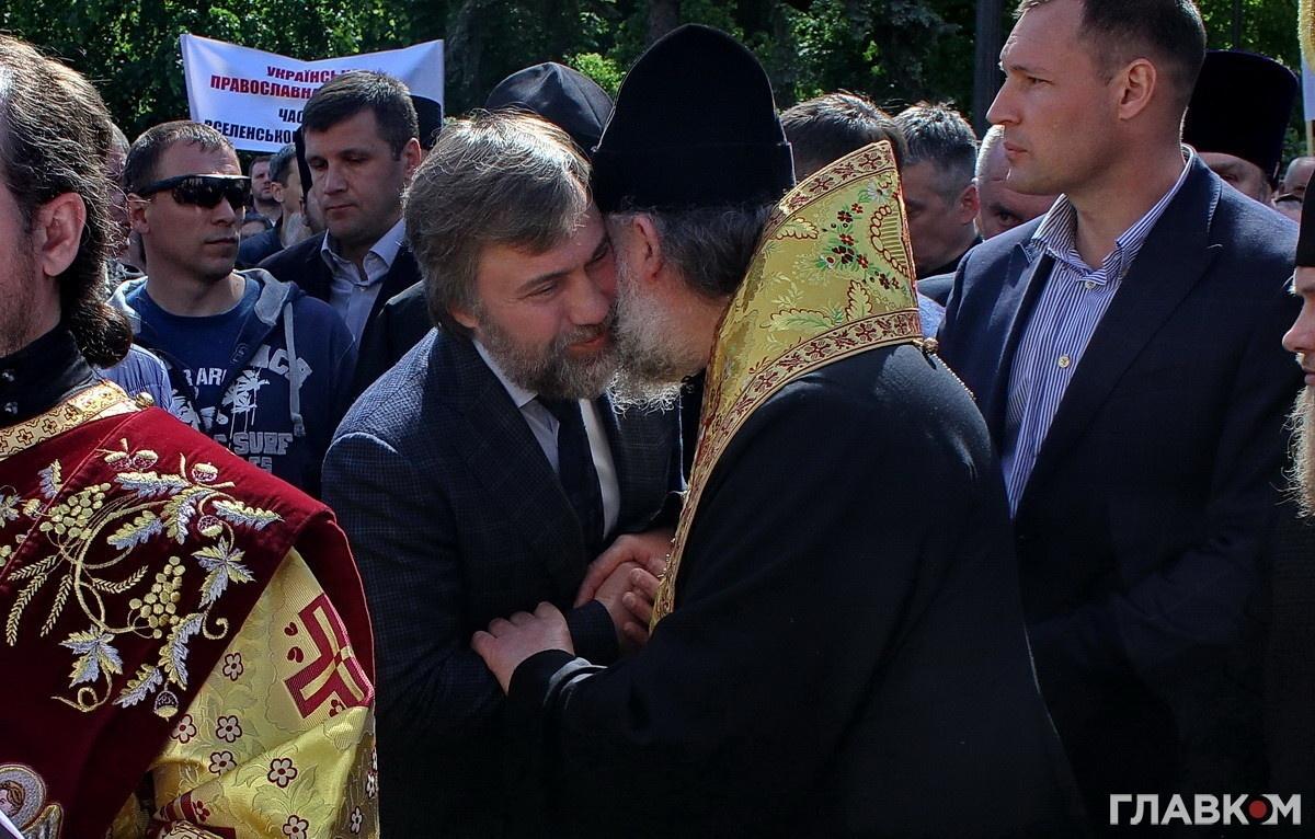 Вадим Новинський, який у часи Майдану отримав від майбутнього президента Порошенка сумнівний статус «суки православної», заявив про створення «Партії миру»