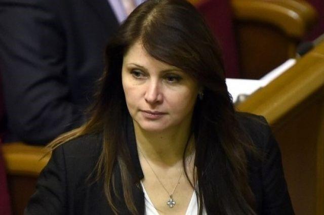 БПП висунув на кандидатуру міністра у справах ветеранів депутата Ірину Фриз, але прем'єр досі не вніс її до парламенту