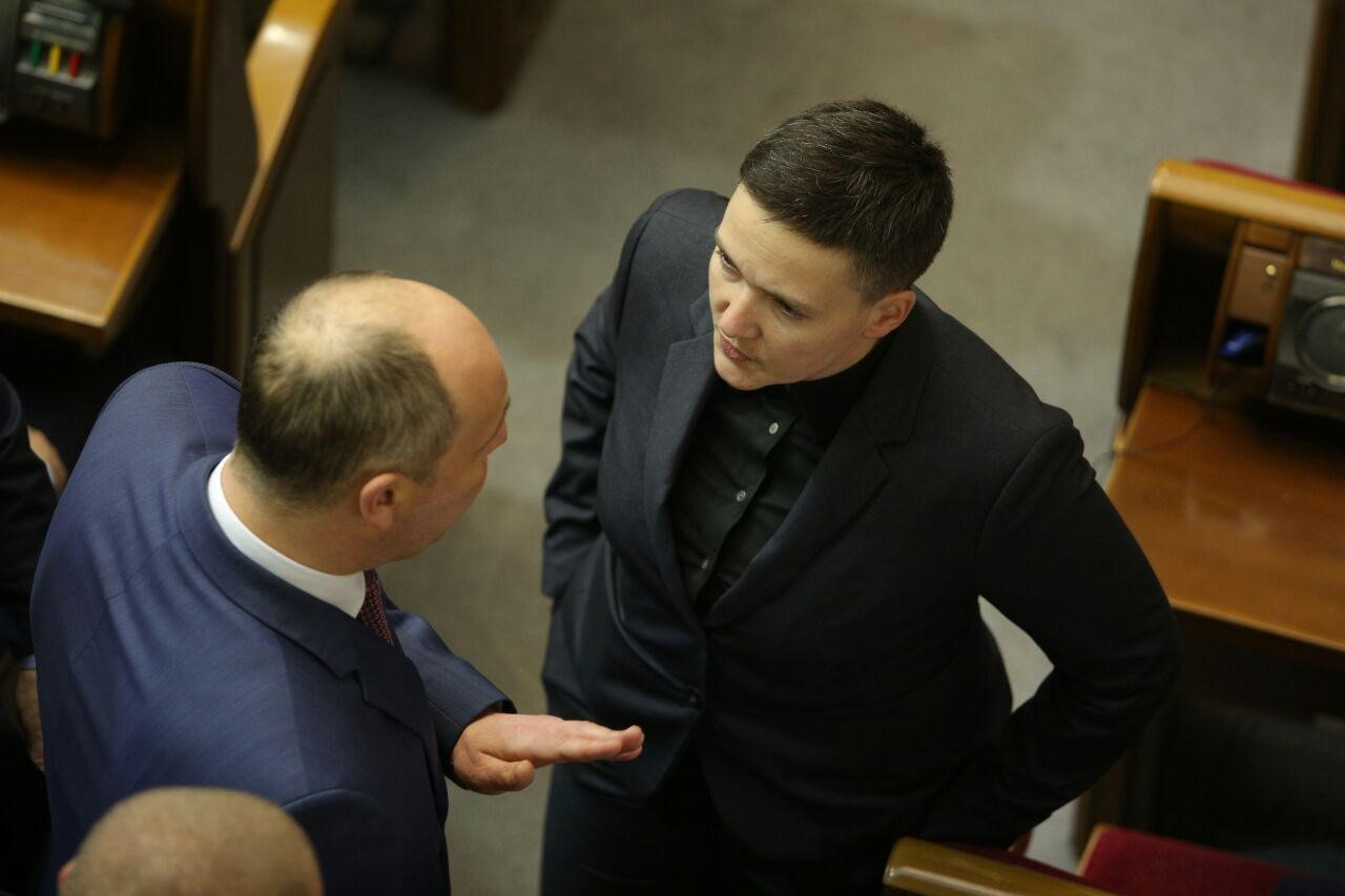 Спікер Андрій Парубій намагався з'ясувати у Надії Савченко, чому вона звинуватила його в доставці зброї на Майдан