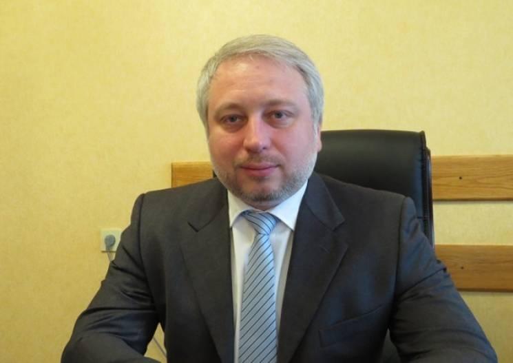Олександр Мангул 28 березня 2018 року очолив НАЗК