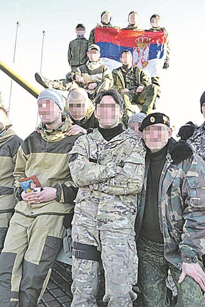 Сербські «добровольці» на Донбасі. Фото з приватного архіву, джерело blic.rs