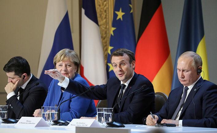 Результати паризької зустрічі не надто радували українського президента, який так її добивався