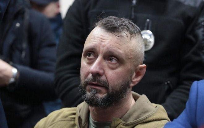 С подозрения Антоненко убрали ультранационалистические мотивы