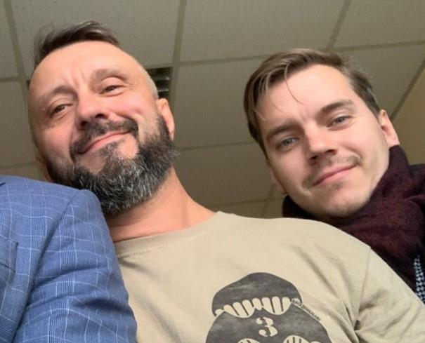 Андрій Антоненко та його адвокат