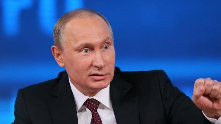 Президент Володимир Путін оцінив старання Вишинського, задовольнивши його прохання про надання російського громадянства.