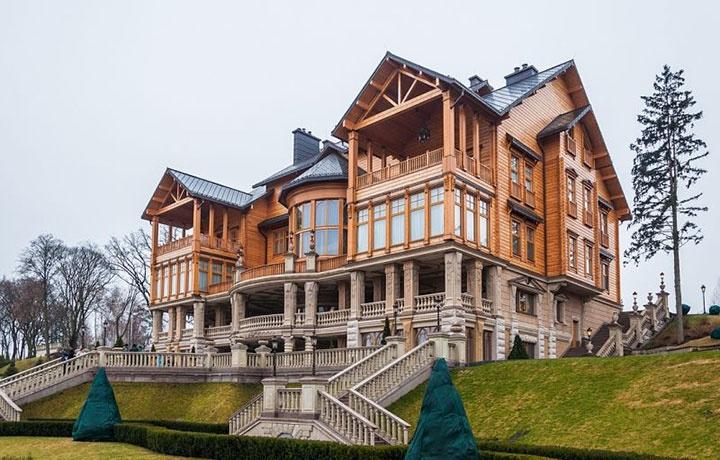 Резиденція «Межигір'я». Фото з відкритих джерел