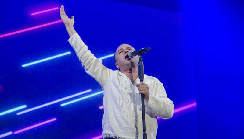 Віктор Павлік перед мешканцями Черкас. Фото з сайту «Прочерк»