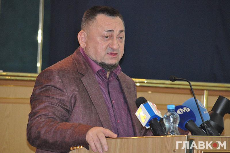 Нардеп Олександр Герега виступає з трибуни Хмельницької облради