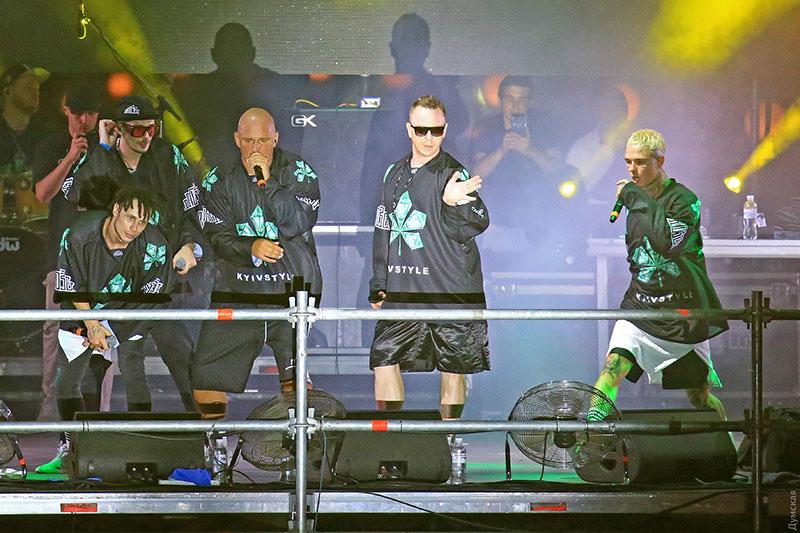 Потап з гуртом «Мозги» виступили в Одесі. Фото з сайту «Думская»