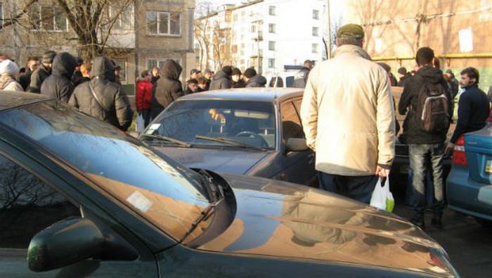 Выстрелы на улице динамовская, русские девки в лесу видео