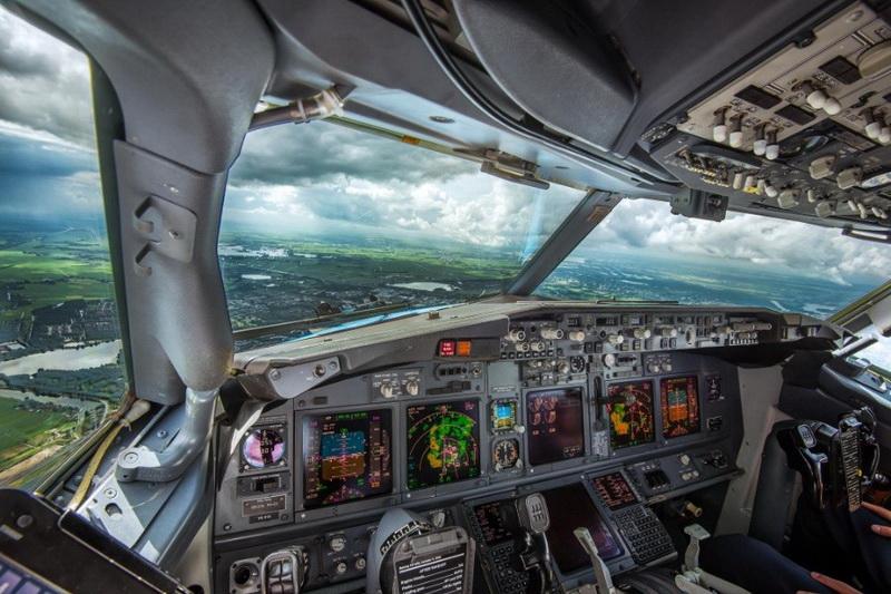 фото земли из кабины самолета надо сохранить компьютер