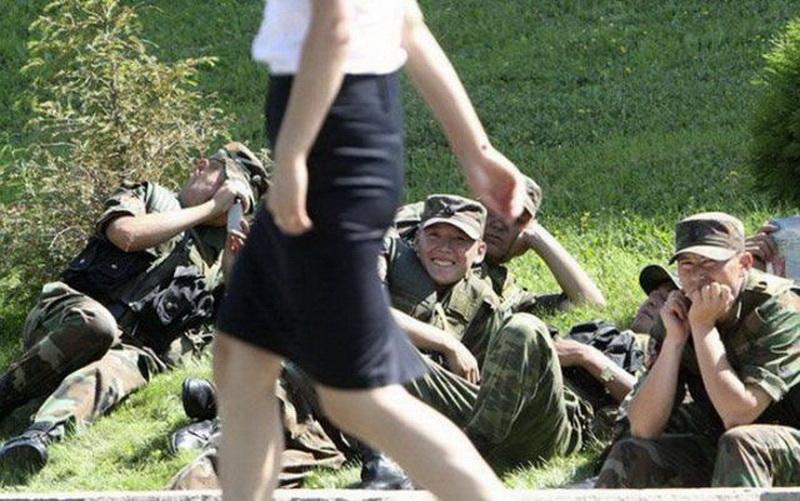 Зад жестко смотреть лучшие видео приколы про армию