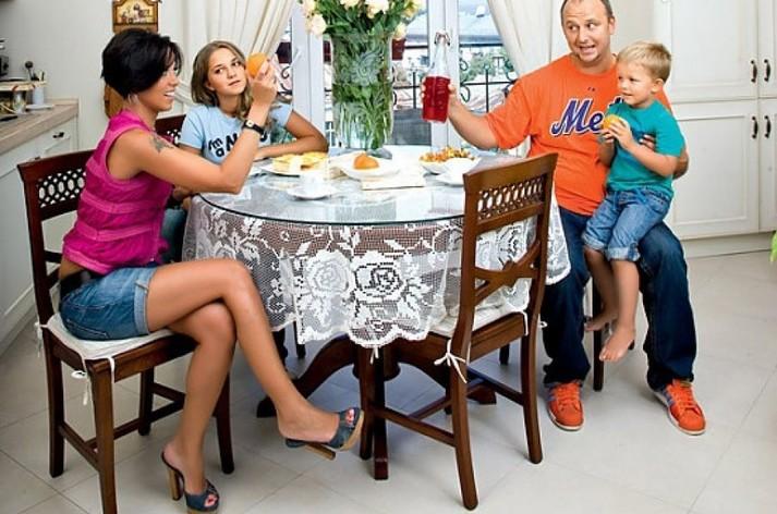 фото семьи потапа бренд, чья популярность