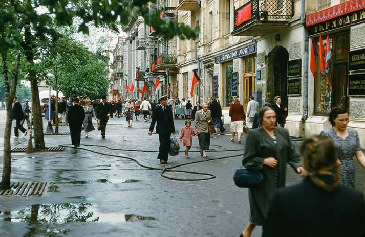 Київ, 1954 рік. Вулиця Червоноармійська (нині Велика Васильківська)