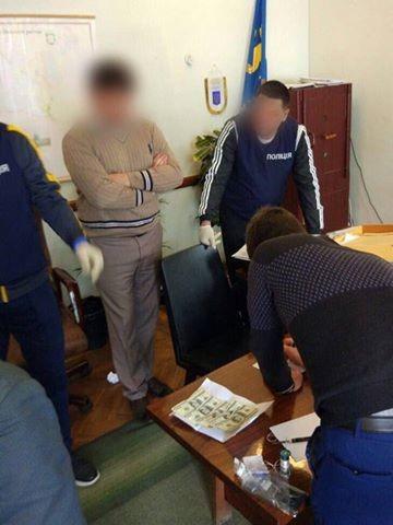 На хабарі затримано голову Кілійської райдержадміністрації, - Аваков