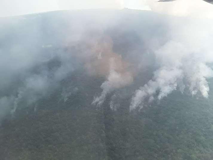 Пожежі в Чорногорії: український літак допомагає гасити вогонь