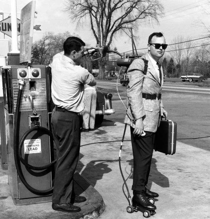 Оригинальный коммивояжер на роликах с мотором, 1961 год