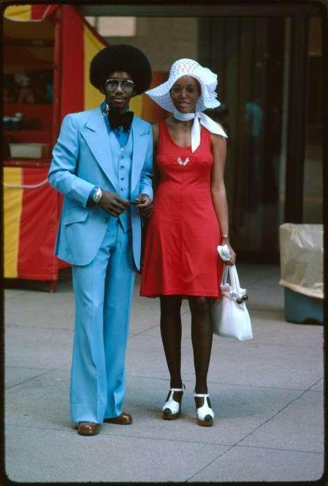 Пара модников на Мичиган авеню в Чикаго, 1975 год