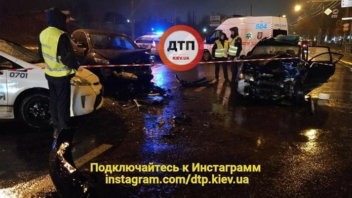 У Києві посадовець сервісного центру МВС спровокував смертельну ДТП