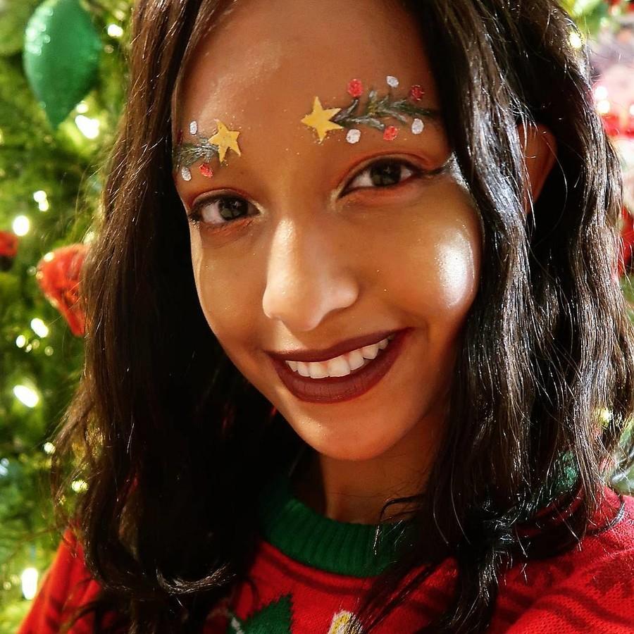 Блогер из Канады поразила своих подписчиков необычным макияжем!