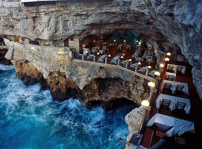 Grotta Palazzese, Италия<br /> <br />