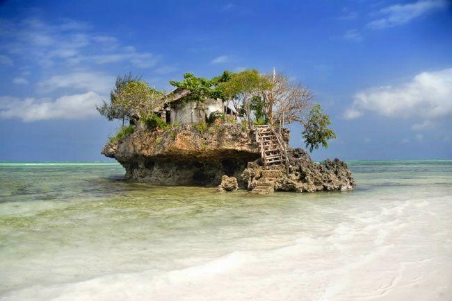 The Rock Restaurant Zanzibar, Танзания<br /> <br />
