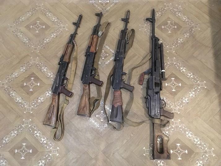 На Донбасі військові взяли у полон трьох бойовиків
