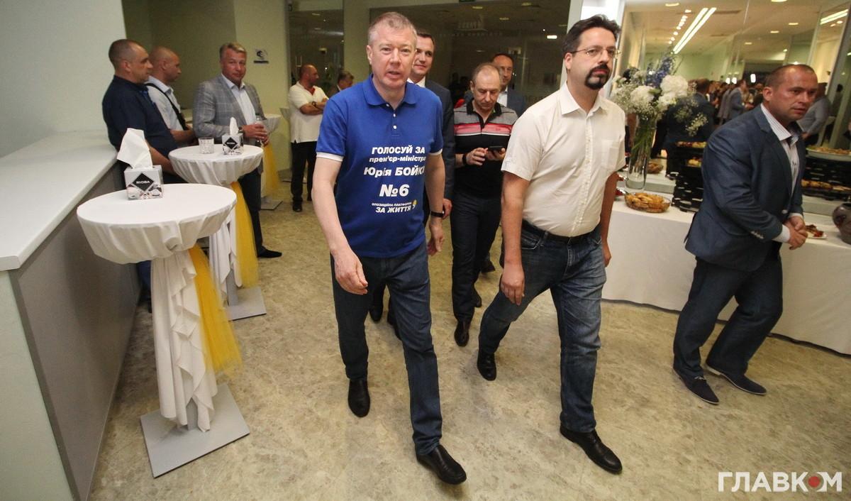 Сергій Ларін одягнув передвиборчу футболку