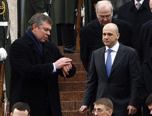 Народный депутат Александр Волков и бизнесмен Константин Григоришин