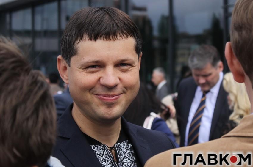 Глава правового комитета парламента Князевич просил вывести из-под люстрации Азарова и Левочкина, - Егор Соболев - Цензор.НЕТ 7507