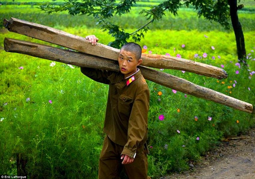 Северная корея в объективе скрытой