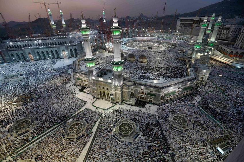 Свыше двух миллионов мусульман