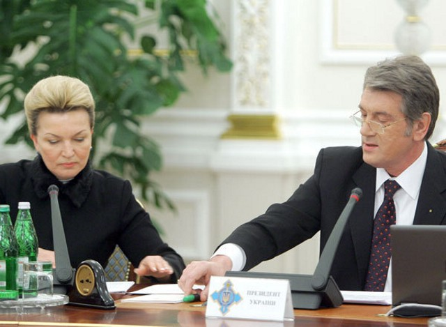 Ющенко отдавал СНБО на откуп оппозиции, назначая секретарем Раису Богатыреву  (tsn.ua)