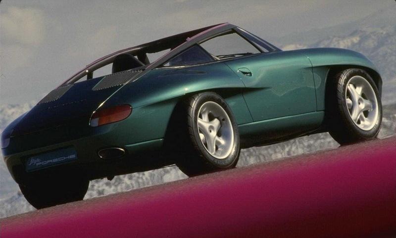Porsche 911 Panamericana. Автомобиль был подарен на день рождения директору компании Porsche Ферри Порше в 1989 году. Примечательно, что его дизайн разрабатывал Харм Лагаай, тот самый, который несколько лет спустя подарил миру легендарный Porsche Boxster.
