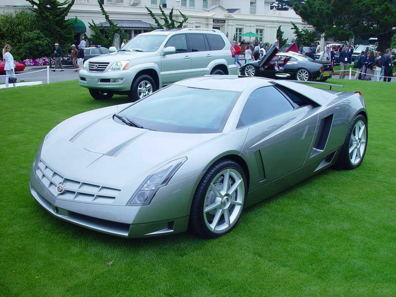 Cadillac Cien. ��� ���������� � ������ ���������� � ����� 100-������� ������ ��������. ��� � �������� �������, Cien ��� ������� ������ ���������� �� ��� ������ ������������. �� ���� �������� ����������� ������������ OnStar, ������� ���������� ���������� Communiport, ��������� �������� � ������� ������� �������, ������� ����� ������������ ����������� ������ �� ������� ������. ����, �� ��� ����� �� ������������ ��� � ����� — ���������� ����� � ����� ��������.